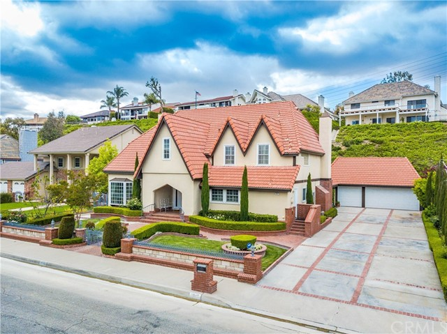3945 E Green Clover Circle, Orange, CA 92867