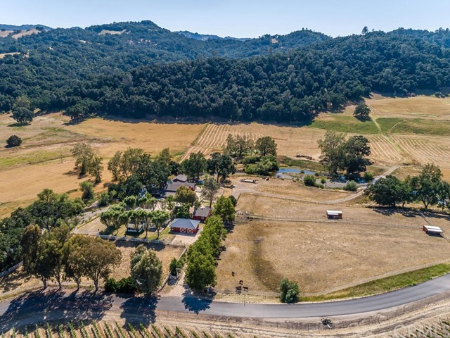 335 Cypress Mountain Drive, Paso Robles, CA 93446