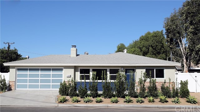 2253 Elden Avenue, Costa Mesa, CA 92627