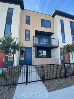 2818 N. Glassell Street, Orange, CA 92865