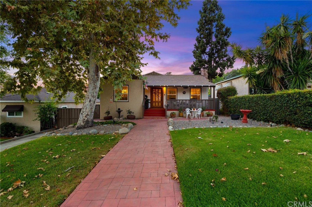 Photo of 183 N Lincoln Place, Monrovia, CA 91016