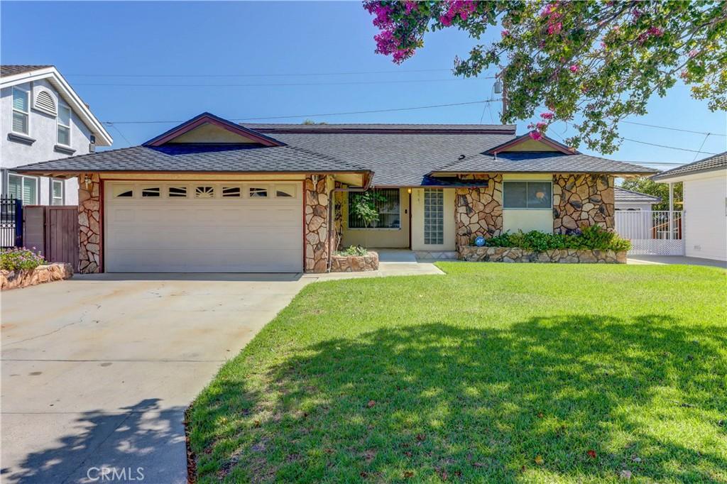 8341     Otto Street, Downey CA 90240