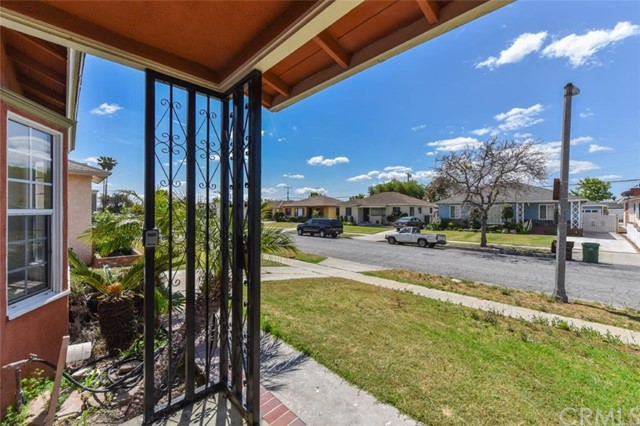 1317 W 138th Street, Compton, CA 90222
