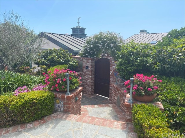 Photo of 84 S La Senda Drive, Laguna Beach, CA 92651
