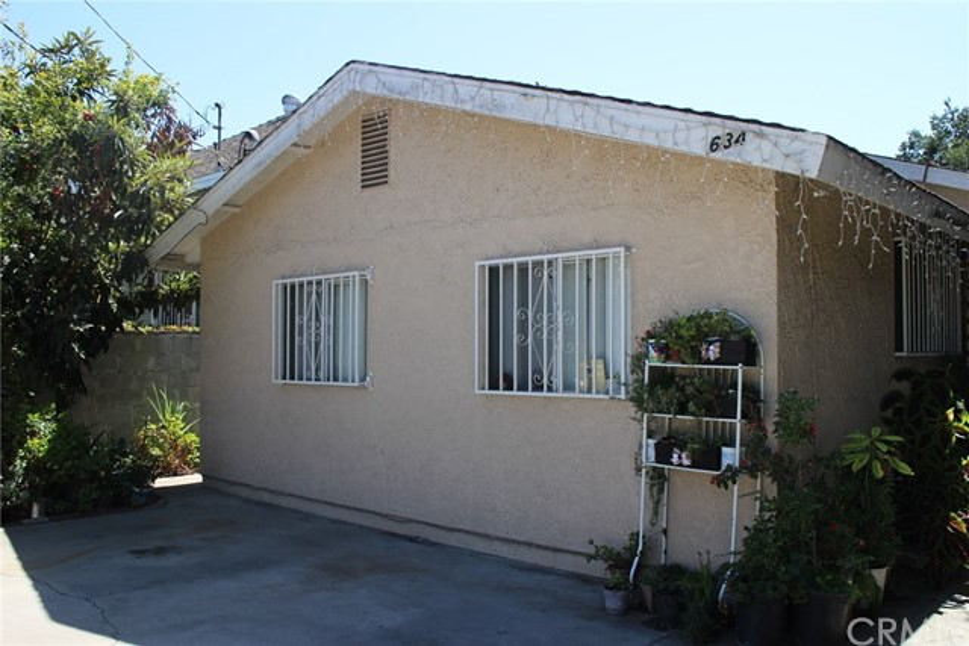634 E 27th Street, Los Angeles, CA 90011