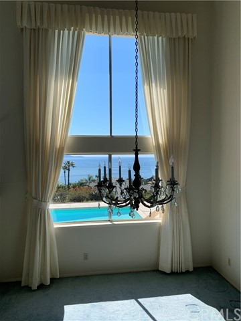 6452 Chartres Drive, Rancho Palos Verdes, California 90275, 4 Bedrooms Bedrooms, ,3 BathroomsBathrooms,For Sale,Chartres,PV21035441
