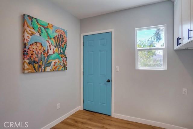 45. 3954 N Sequoia Street Atwater Village, CA 90039