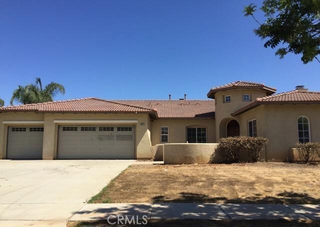 1581 Liberty Drive, Corona, CA 92881
