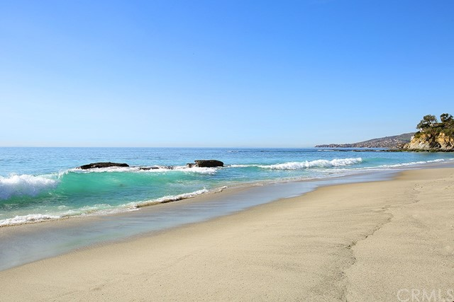 21 Lagunita Drive | Victoria Beach (VB) | Laguna Beach CA