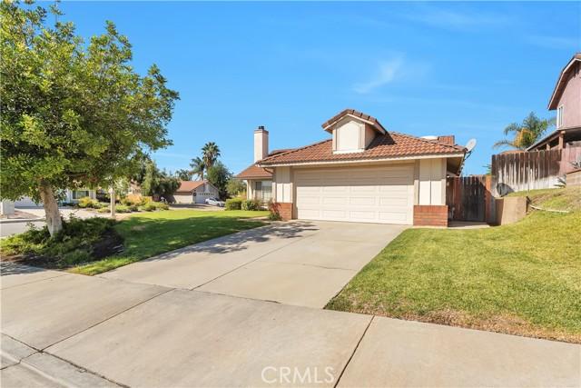 12283 Romford Court, Moreno Valley, California 92557, 3 Bedrooms Bedrooms, ,2 BathroomsBathrooms,Residential,For Sale,Romford,IV21225470