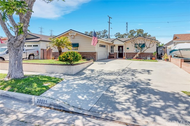 20903 Longworth Avenue, Lakewood, CA 90715