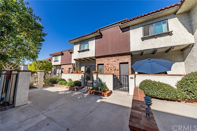 1720 Rogers Place 15F, Burbank, CA 91504