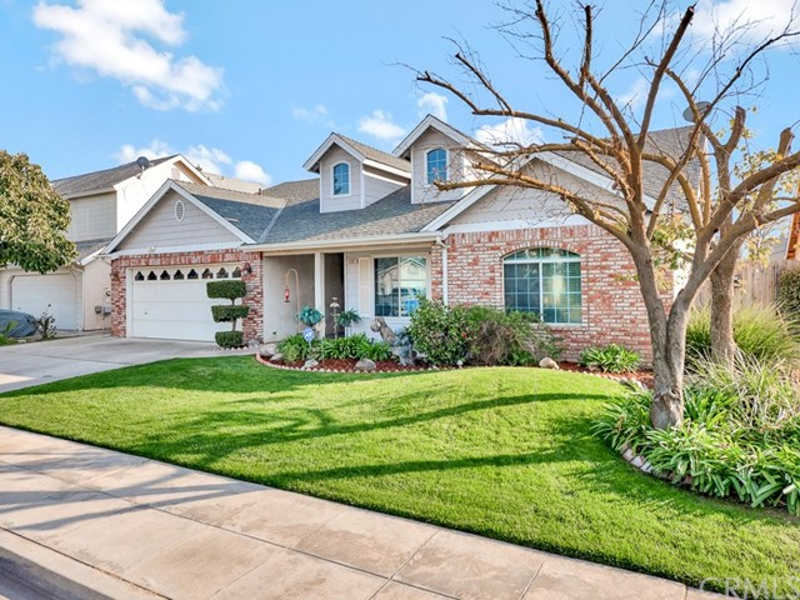5361 W Garland Avenue, Fresno, CA 93722
