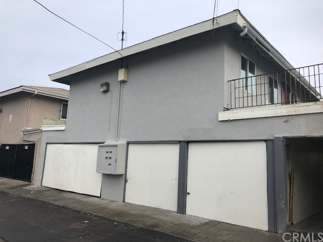 (BACK ON THE MARKET. Buyer couldn't perform and had to cancel) Brand new completely remolded pride of ownership 4-plex in Anaheim right behind the Anaheim Packing House. This property has approx. 3,681 Sq Ft of living space and is located on a large lot 6,534 Sq Ft with abundant off-street parking. 4 total garage spaces as each unit has a one car garage with brand new doors and remote access. Significant recent improvements to the property have created beautiful curb appeal. Entire property has been painted, with wood replacement, all units have been upgraded to dual pain windows,  new kitchens with granite counter tops. Upstairs decking and railing replaced.  There are three 2 bedroom 1 bath downstairs all have small yards in back. Upstairs 3 bedroom 1 bath with front extra large balcony. Onsite Laundry room is shared and coin operated by wash. The yearly gross scheduled income is excellent at $105,600 and still room to raise rent. Tenants pay for all utilities except water (Anaheim bills trash directly to tenants). This property has it all. So hard to find a fully rehabbed building with a going in cap rate of 5+%. Great for Owner Occupant!!!