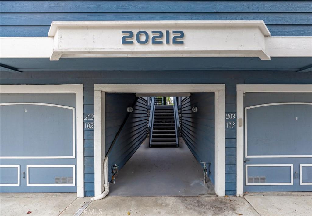 20212 Sealargo Lane 102