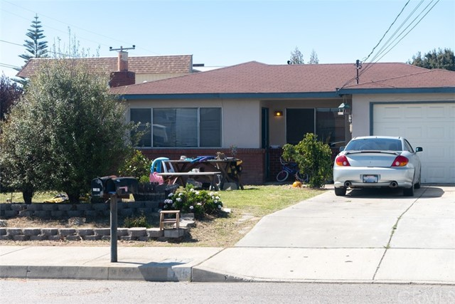 458 S 14th St, Grover Beach, CA 93433 Photo