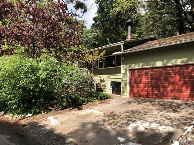 6055 Spruce Avenue, Angelus Oaks, CA 92305