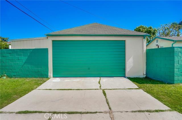 53. 2661 Thurman Avenue Los Angeles, CA 90016