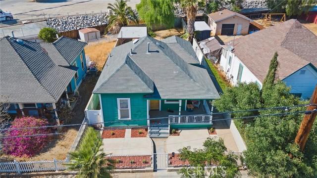 25. 511 E Central Avenue Redlands, CA 92374