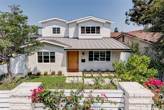 617 35th Street, Manhattan Beach, California 90266, 4 Bedrooms Bedrooms, ,3 BathroomsBathrooms,For Sale,35th,SB21014195