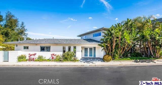 11541 Dona Teresa Drive, Studio City, CA 91604