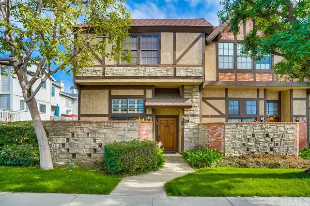888 N Monterey Street, Alhambra, CA 91801