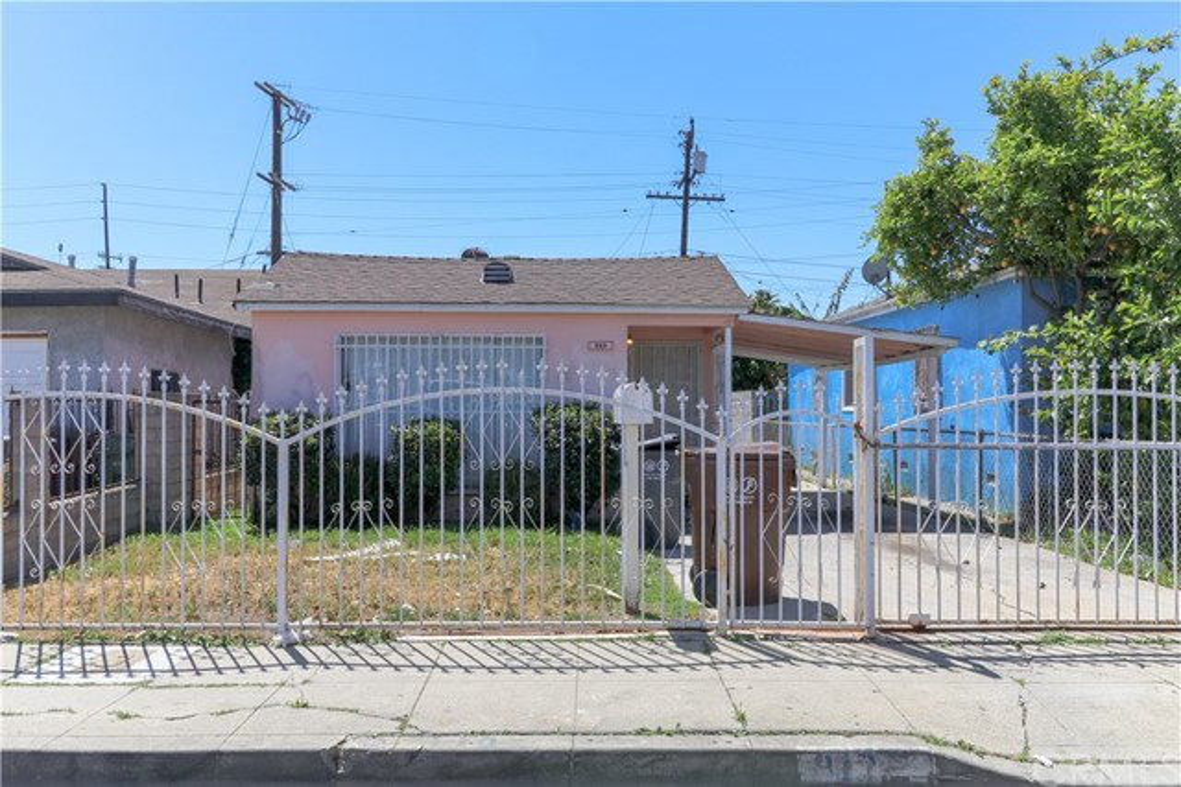 812 W Magnolia Street, Compton, CA 90220