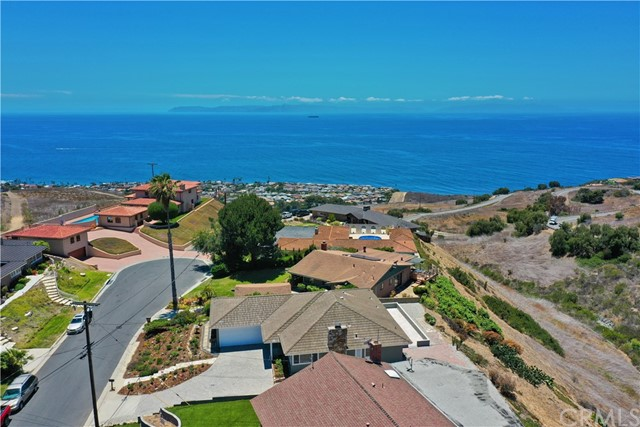 31. 30745 Tarapaca Road Rancho Palos Verdes, CA 90275