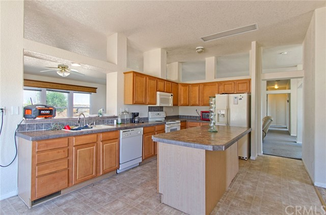 37765 Quarter Valley Rd, Temecula, CA 92592 Photo 14