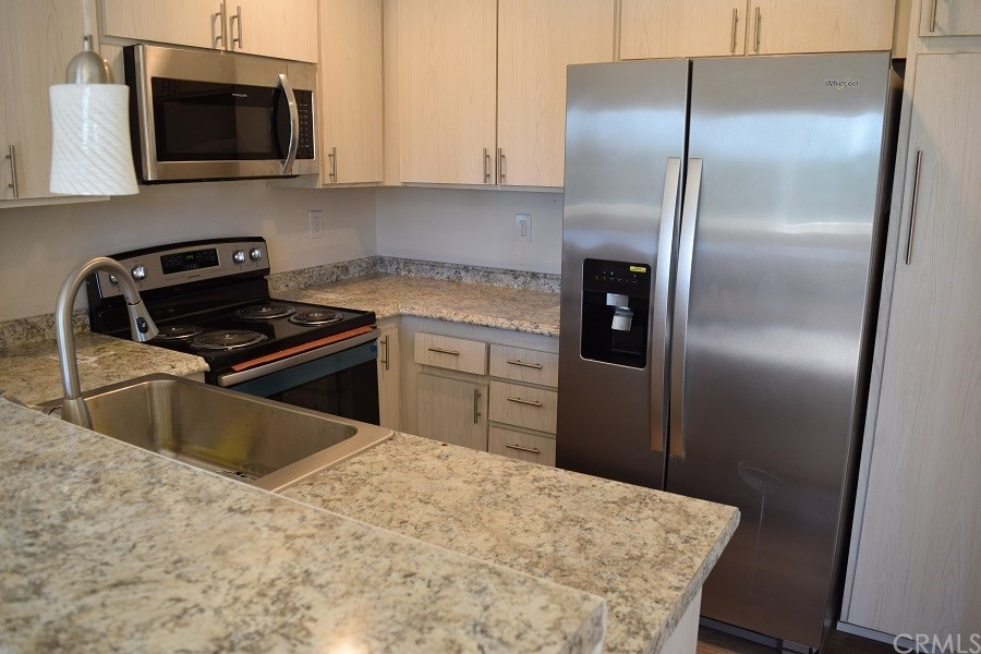 Affordable 2 br in heart of Mission Viejo. This upper unit has vaulted ceilings with a view of the park. Kitchen with new appliances, new counters and new sink. New AC wall unit and new carpet. It will not last long.