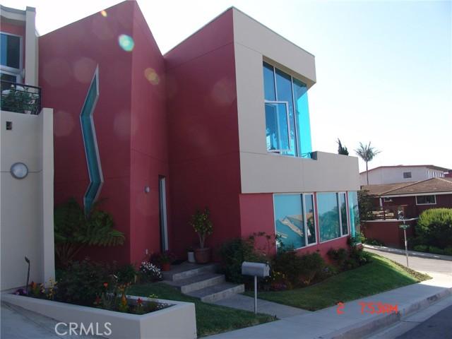 47. 600 LORETTA Drive Laguna Beach, CA 92651
