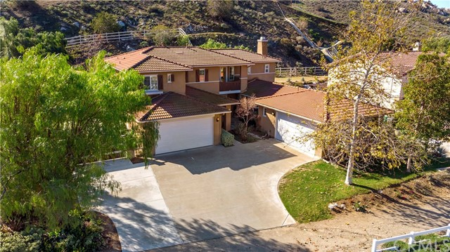 290 Cavaletti Lane, Norco, CA 92860