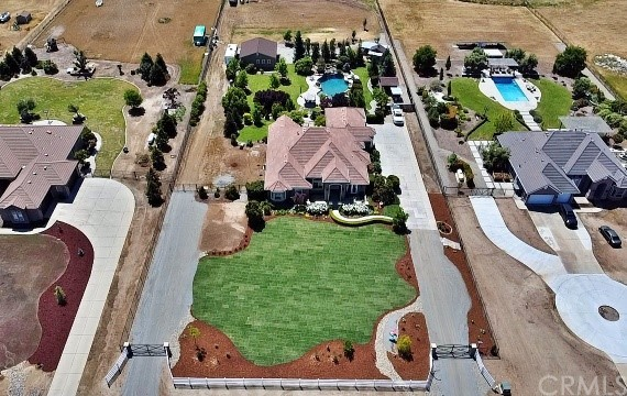 13115 E Falcon Meadow Ln, Clovis, CA 93619 Photo