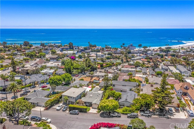 40. 575 Blumont Street Laguna Beach, CA 92651