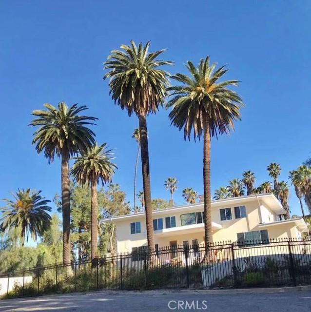 Photo of 1607 Cherokee Road, Corona, CA 92881