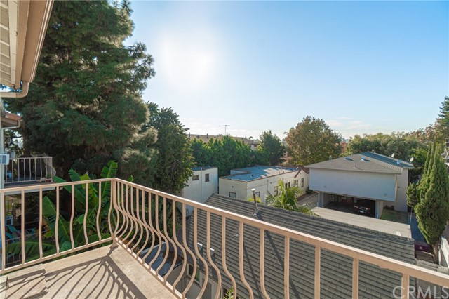 1145 Roswell Avenue #17