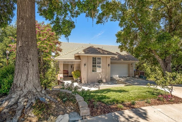 Property for sale at 616 Ventana Del Robles, Templeton,  California 93465