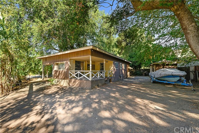 2212 Alta Vista Way, Lucerne, CA 95458