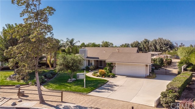 169 Rawhide Court, Norco, CA 92860