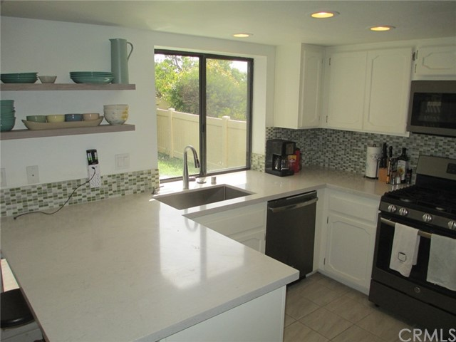 6928 Peach Tree Rd, Carlsbad, CA 92011 Photo 17
