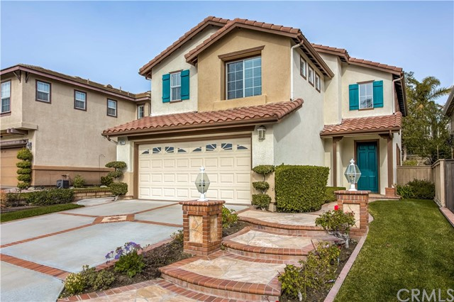 8677 E Sunnywalk Lane, Anaheim Hills, CA 92808