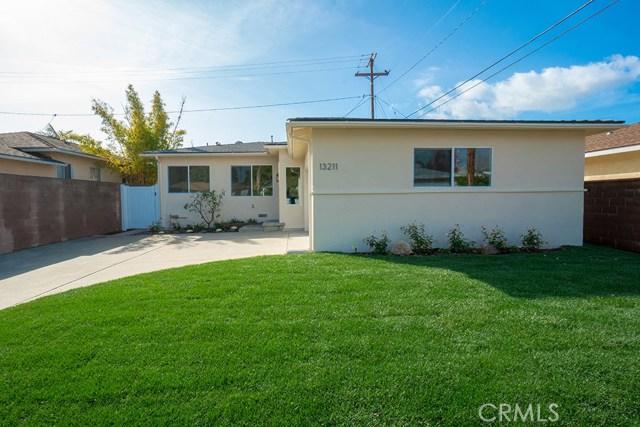 13211 Clyde Park Avenue, Hawthorne, CA 90250