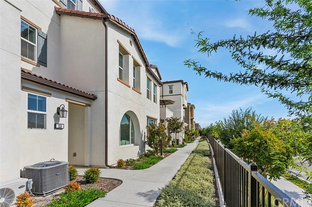 123 High Meadow, Lake Forest, CA 92610