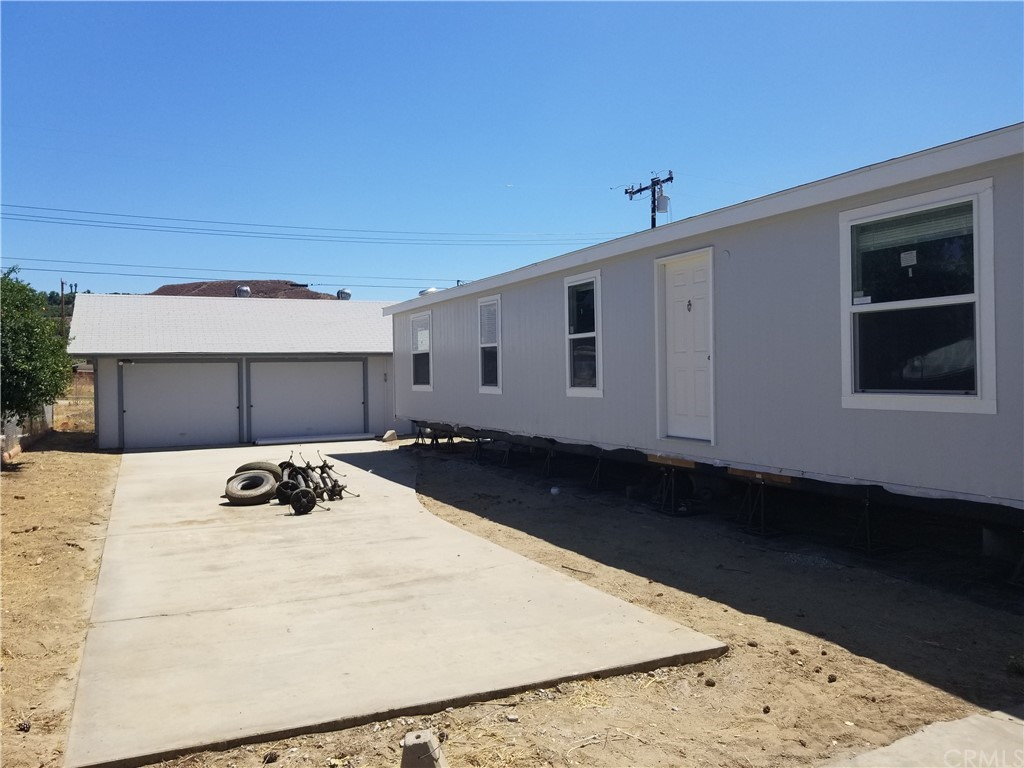 45285     Cash Street, Hemet CA 92544