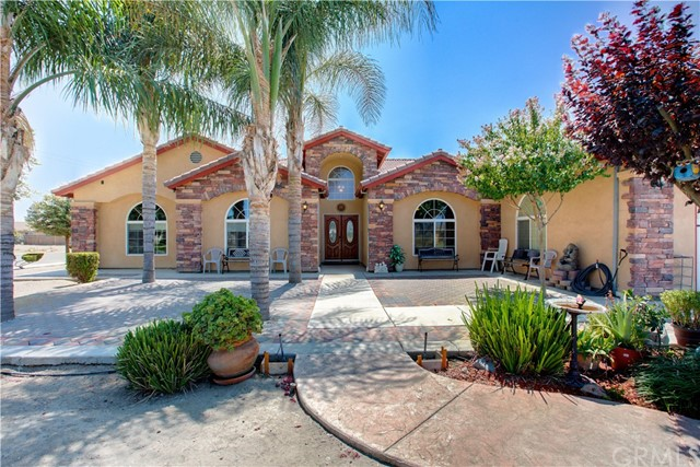 8777 Blossom Avenue, Dos Palos, CA 93620