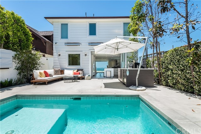2426 The Strand, Hermosa Beach, CA 90254