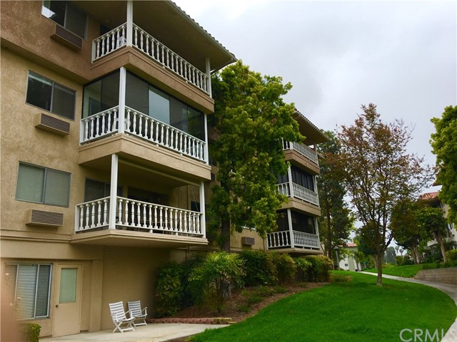 969 Calle Aragon 3A, Laguna Woods, CA 92637