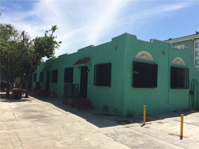 118 W 87th Place, Los Angeles, CA 90003