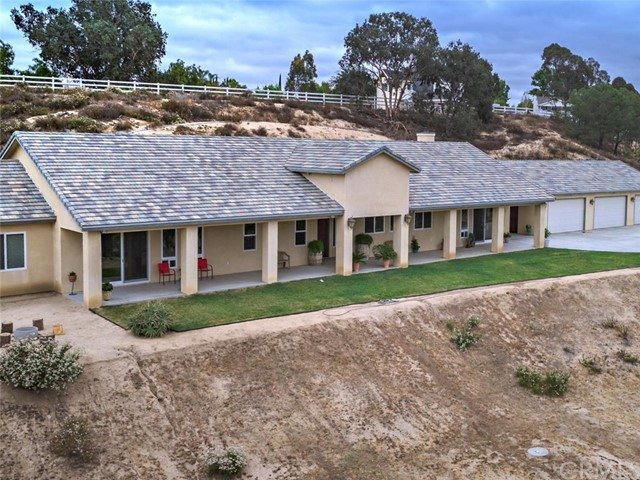 42251 Altanos Rd, Temecula, CA 92592 Photo 32