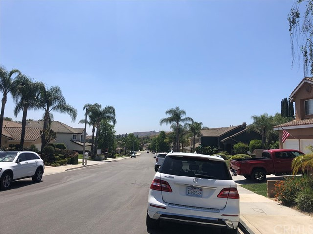 4. 14878 Avenida Anita Chino Hills, CA 91709